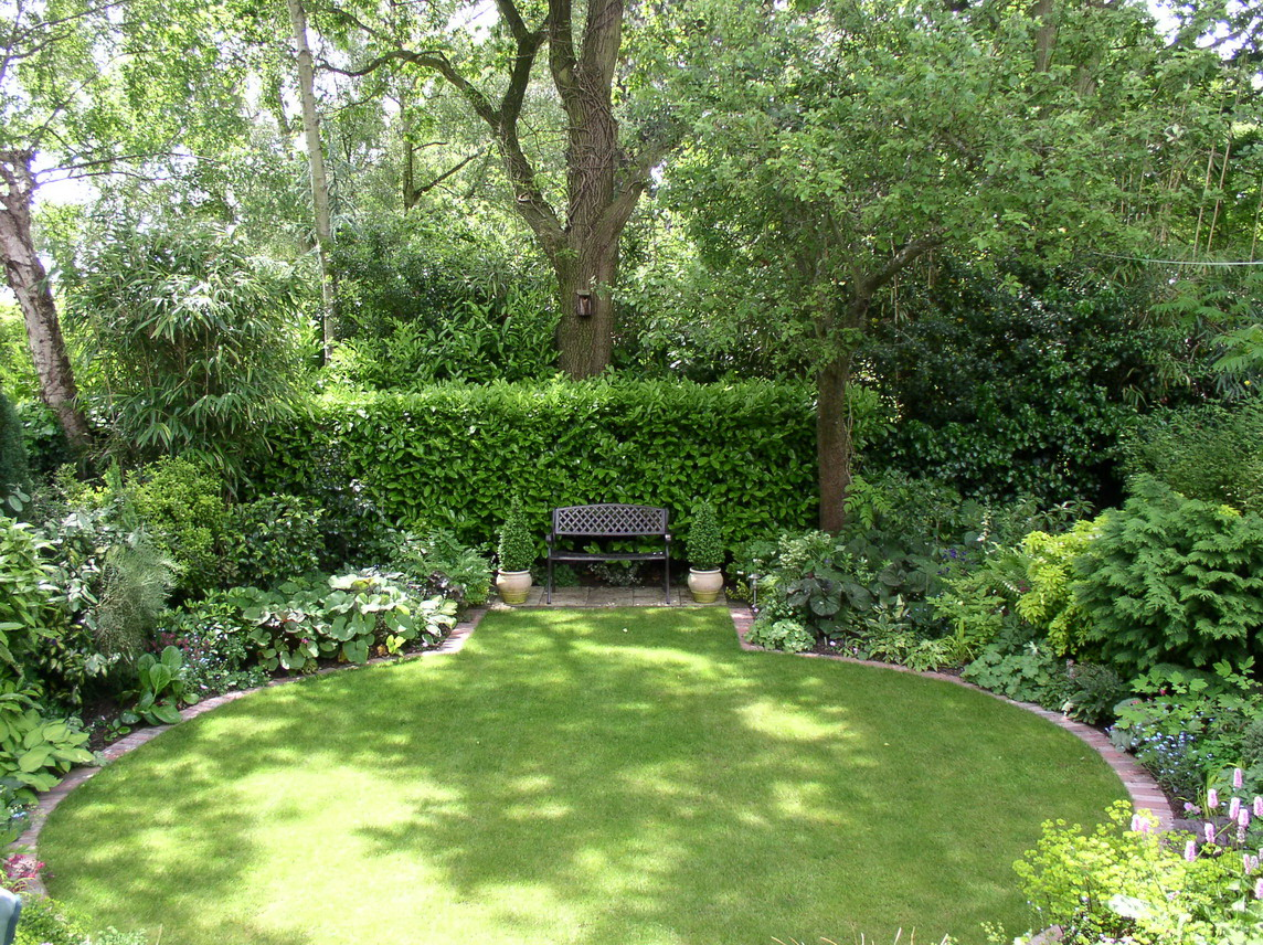 Garden landscaping back garden regeneration images frompo for Landscaped back gardens